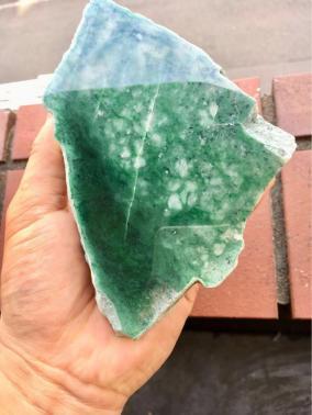 極上品天然翡翠 糸魚川翡翠 ヒスイ、翡翠、 翡翠原石 本翡翠水石、鑑賞石、自然石、美石、宝石、置物