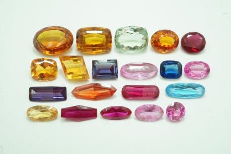 538 サファイア ルビー他 ルース 200ct 40g 外し石 裸石 大量 まとめて おまとめ まとめ売り アクセサリー カラーストーン 宝石