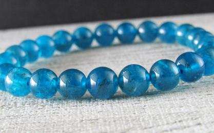 魅惑の宝石 心身浄化の石 透明度抜群 ネオンブルーアパタイト ブレスレット 天然石