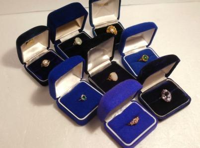 ♪遺品整理や引っ越し処分など指輪おまとめて8点ケース入り天然石オパール刻印有など中古セット大量